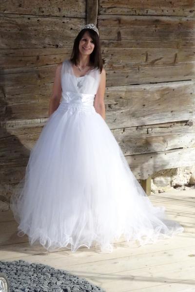 La tradition du blanc - Carole CELLIER, créatrice de robes de mariée