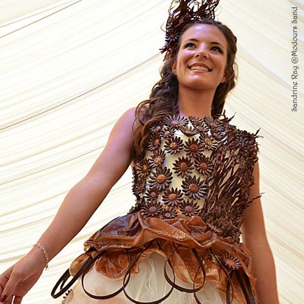 Robe de mariée en chocolat réalisée en partenariat avec Bruno Saladino