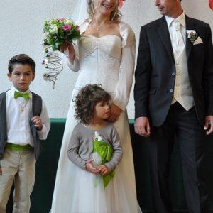 Robe de mariée en superpositions de satin et mousseline de soie