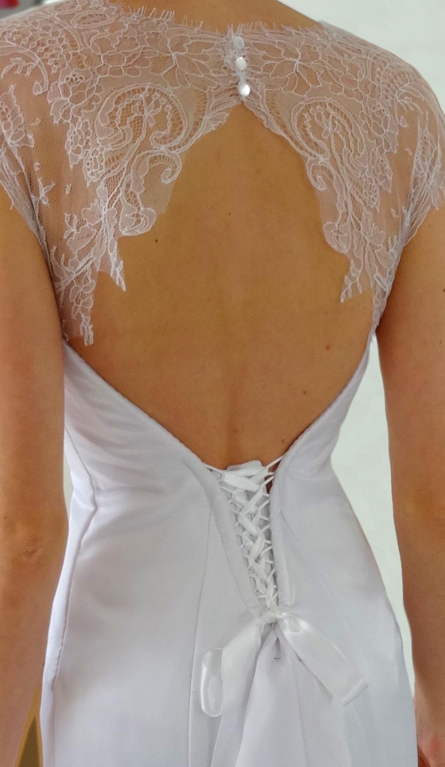 Robe de mariee dentelle chantilly